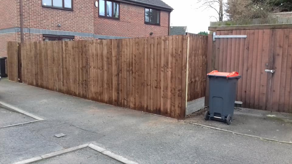 Nottingham Fencing new wooden fence with wooden gate in Beeston